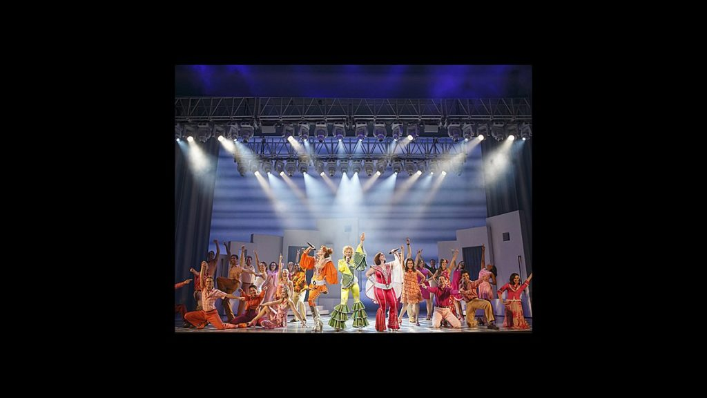 TOUR - Mamma Mia - wide - 10/14